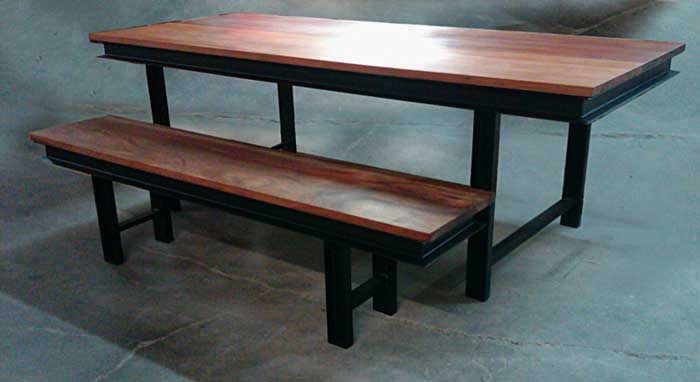 ... Tottory Dining Table