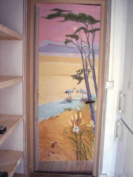 Trompe l oeil deco peintre en decor languedoc roussillon for Deco sur porte interieur