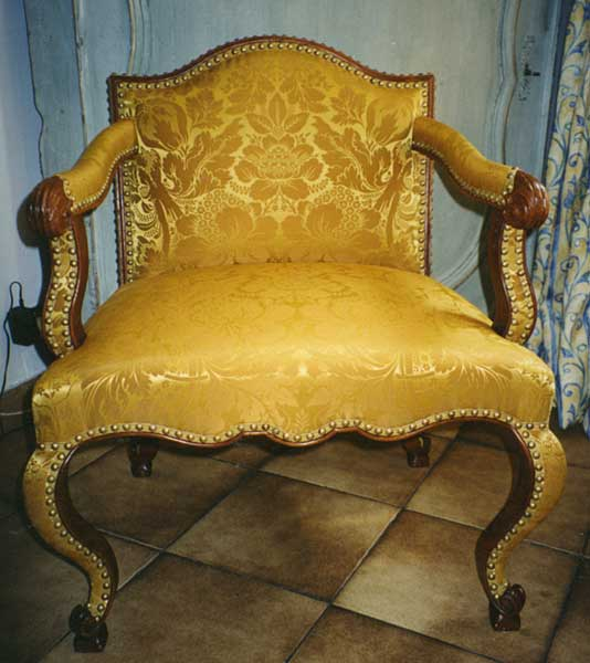 restauration sieges fauteuils anciens conservation des. Black Bedroom Furniture Sets. Home Design Ideas