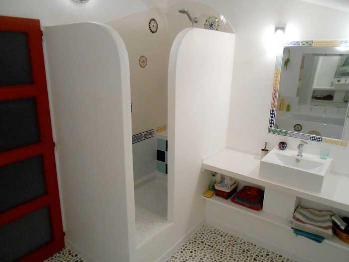Salle de bain d coration odile maffone mosaiste - Salle de bain mosaique blanche ...