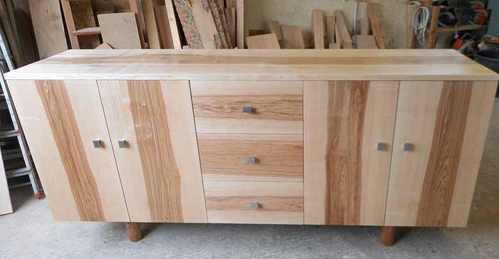 mobilier creation dans le lot departement 46 ren maynard commodes coiffeuses des lignes. Black Bedroom Furniture Sets. Home Design Ideas